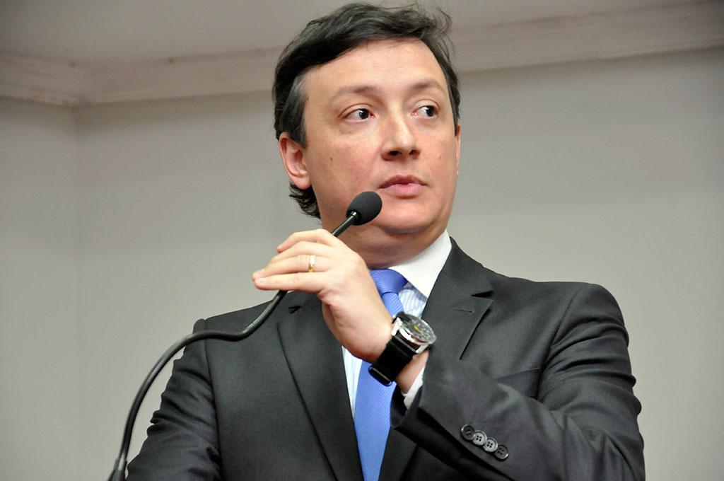 Juiz Lucas Figueiredo