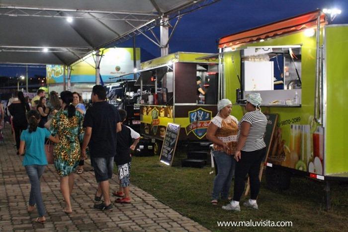Hot-Beach-Feira-Gastronomica-Artesanal-Food-Truck_8572-768x512