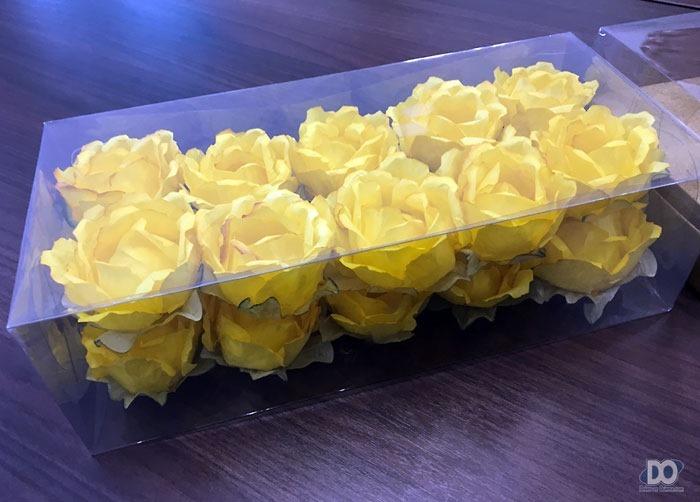 Um dos modelos de flores confeccionados pela Kazzar Forminhas