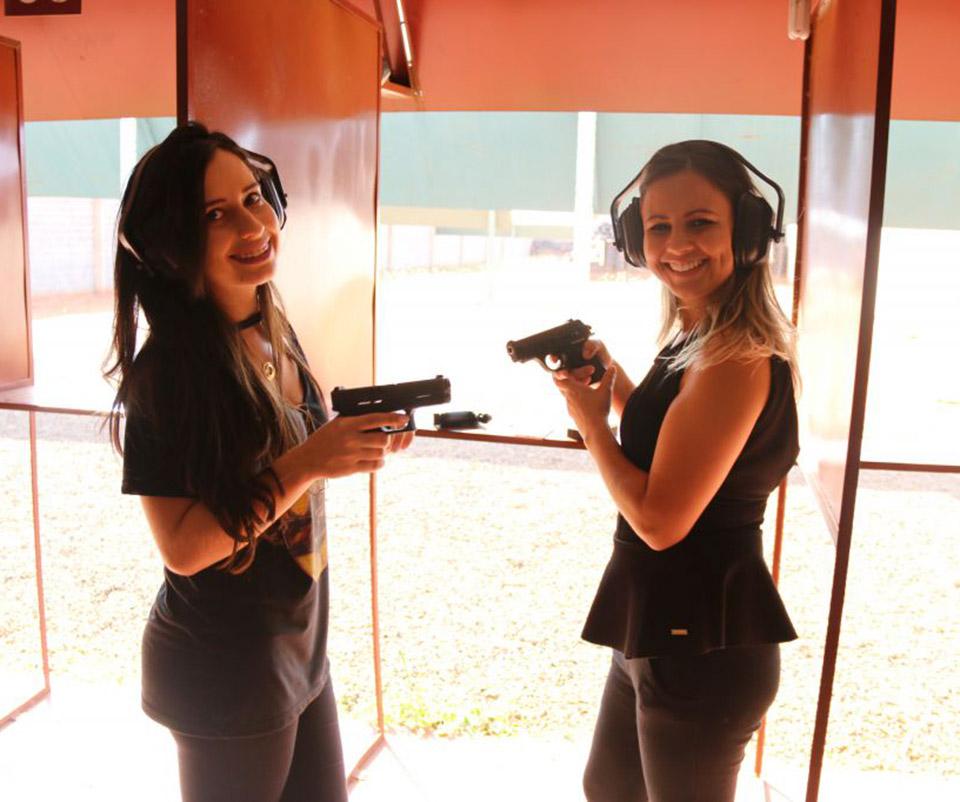As alunas do Gun Club
