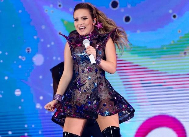 b93d28f645896 A cantora teen Larissa Manoela desembarca em Rio Preto neste mês de março